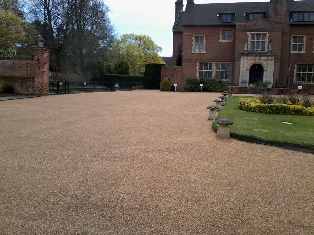 resin bounded surfacing work done in lingfield